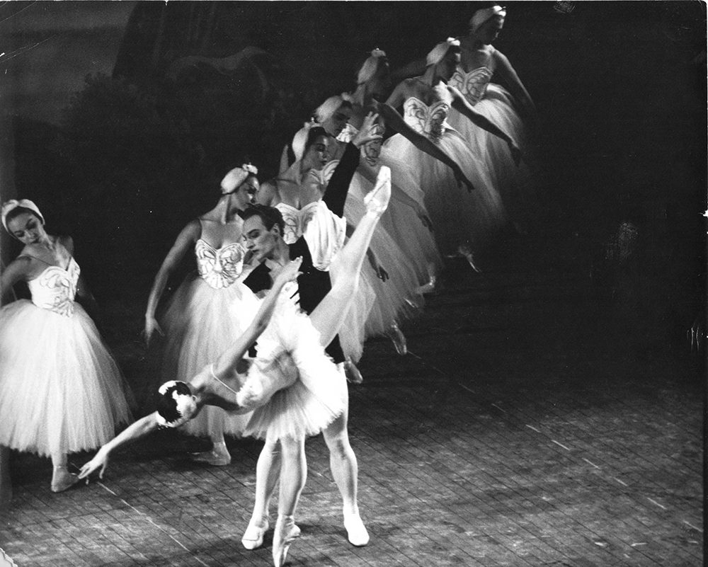 Swan Lake Act II with Olga Moiseyeva and Askold Makarov, guests from the Kirov Ballet December 27, 1960.