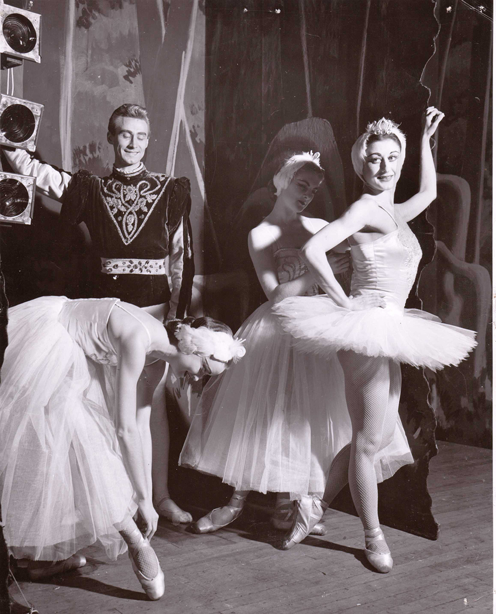 Swan Lake Excerpts with Jean Stoneham, Arnold Spohr, Beverly Ivings, Eva von Gencsy 1952 - photographed by Phillips-Gutkin and Associates